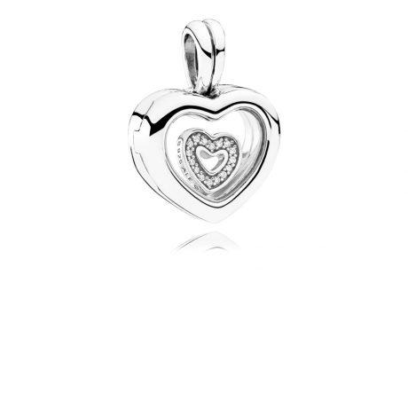 фотография подвеска пандора с петитом в форме сердца 792111CZ
