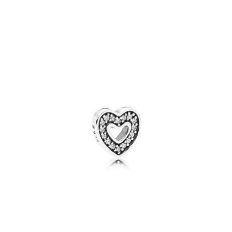 фотография captured heart petite locke charm петит пандора 792163CZ