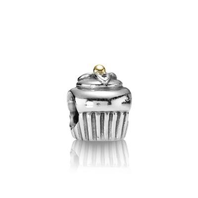 фотография шарм пандора кекс с украшением 790417