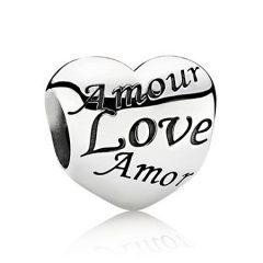 фотография шарм пандора любовь на всех языках 67598-3