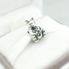 фотография шарм пандора кенгуру серебро 790534-2