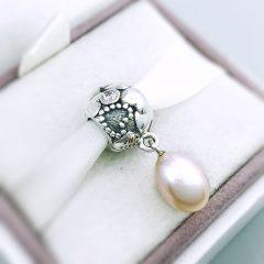 фотография подвеска-шарм пандора сердечки и жемчуг 791017PNP №1