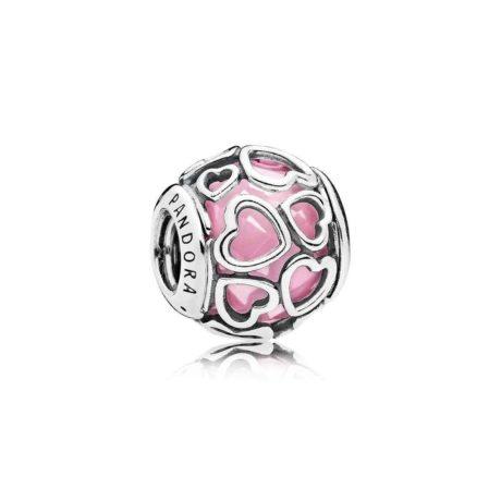 фотография шарм  розовые ажурные сердца